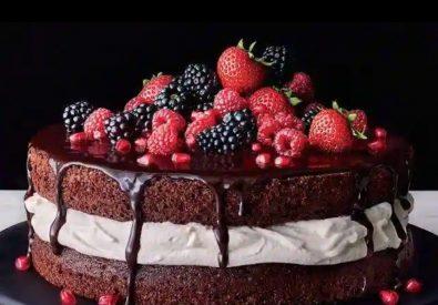 Badoni Cake And Flowers